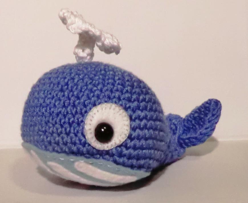 amigurumi barmy whale